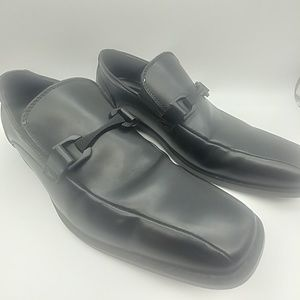 Kenneth Cole Reaction Black Dress Shoes Si…